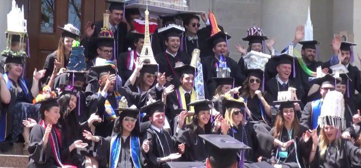 Promoce – unikátní tradice studentů na celém světě